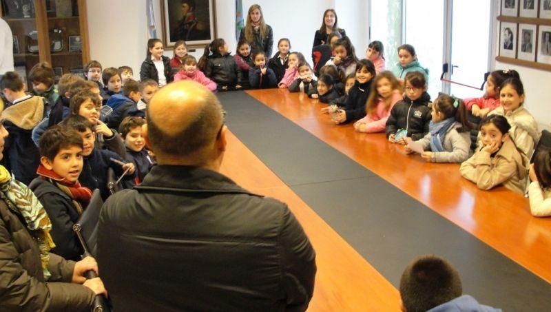 Reino recibió a alumnos del Colegio Parroquial