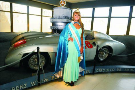Giuliana Reina del Automovilismo en el Museo