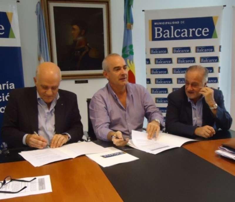 Firma acuerdo